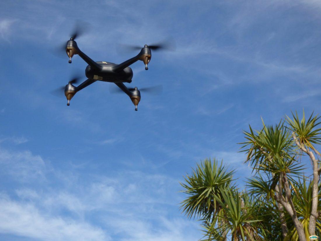"""""""Dron"""" by juantiagues via Flickr."""